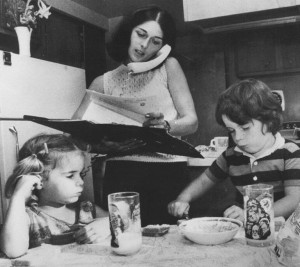 A young Lois Gibbs, with her children in her Love Canal home kitchen, fighting for hundreds of families in her neighbourhood to be compensated for the destruction of their homes.