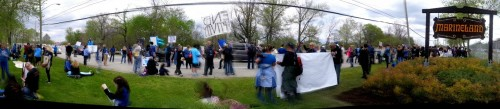 Many hundreds protest in front of Marineland in Niagara Falls, Ontario this May 17th despeite efforts by Marineland and the City of Niagara Falls council to stop them.