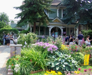 One of the many Buffalo neighbourhood homes that opens its yards to GardenWalk each year. File photo by Doug Draper