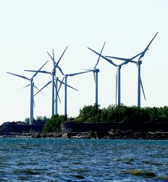 This energy-generating wind farm is located along the shores of Lake Erie in Buffalo, New York, and is planned for expansion. Meanwhile, Niagara, Ontario has said no to green energy generators.