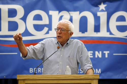 Vermont Senator and U.S. Democratic presidential candidate Bernie Sanders speaks at a campaign town hall in Manchester, New Hampshire, on August 1, 2015. Photo courtesy of REUTERS/Dominick Reuter *Editors: This photo may only be republished with RNS-SANDERS-LIBERTY, originally transmitted on August 6, 2015.
