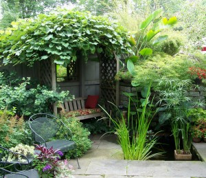 A backyard retreat along the Garden Walk Buffalo trail. File photo by Doug Draper