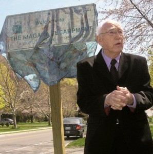 Mel Swart in the early 2000s, at the unveiling of a sign declaring the Niagara Escarpment a biosphere of global significance, File photo by Doug Draper
