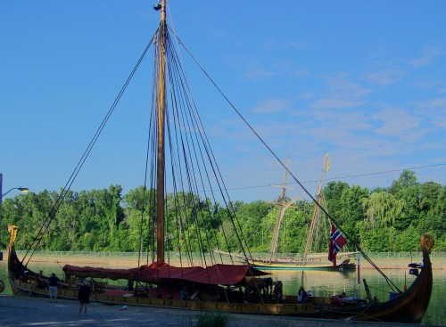 The Viking ship Draken Harald Harfagre with the Pride of Baltimore II in the background.