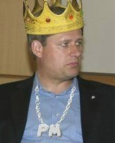 stephen_harper_king closeup