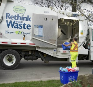 recycling-truck-pickup