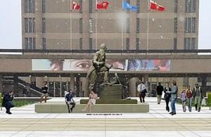 brock-general-statue