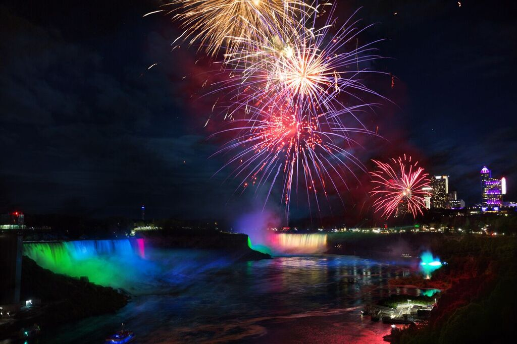 Celebrate All Weekend Long With Ontario S Niagara Parks